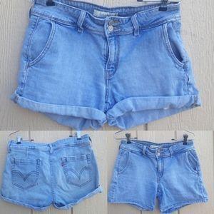 Levi's 545 jean shorts light wash Aged distressed